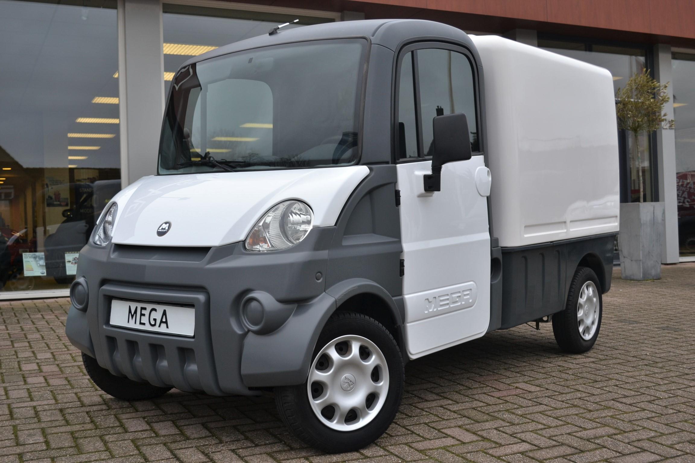 Aixam Mega Van Multitruck Brommobiel Brommobiel Center Brabant
